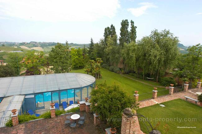 Luxury villa in beautiful position-20