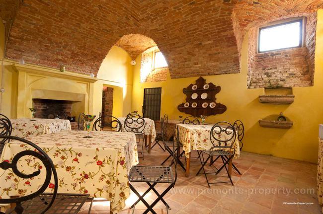 Luxury villa in beautiful position-25