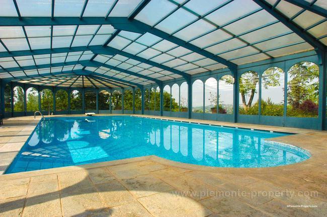 Luxury villa in beautiful position-31