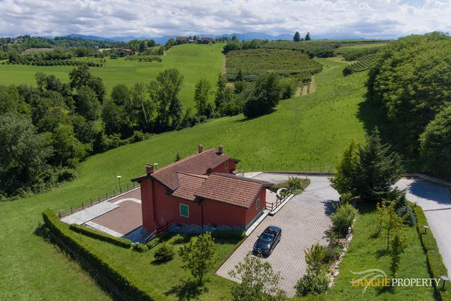 Spacious Langhe home-3