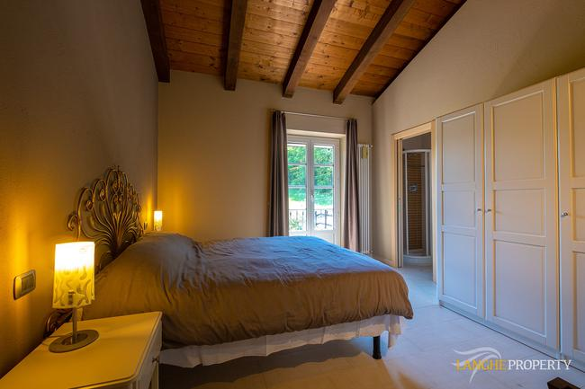 Spacious Langhe home-16