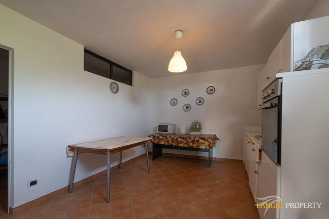Spacious Langhe home-25