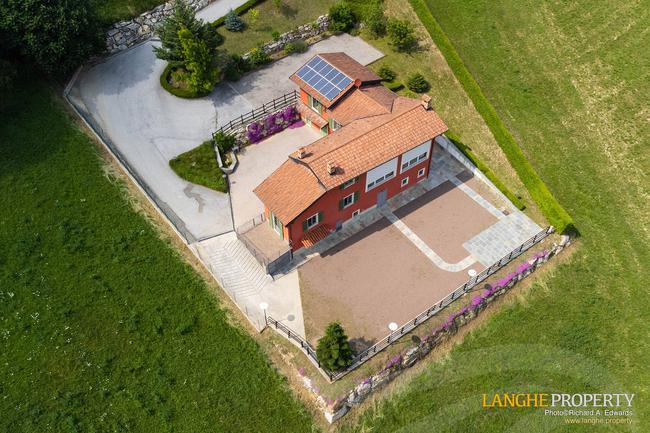 Spacious Langhe home-37