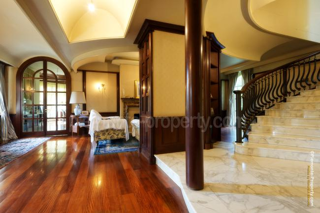 Roero villa with swimming pool-6