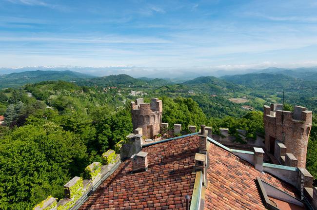 Incredible Piedmont Castle-5