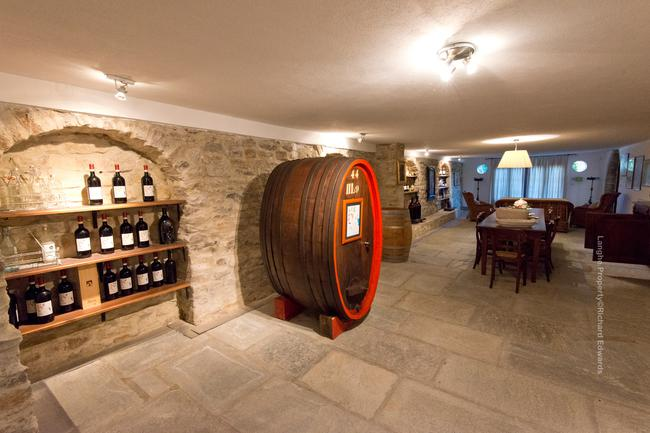 Fully restored Langhe-stone home-9