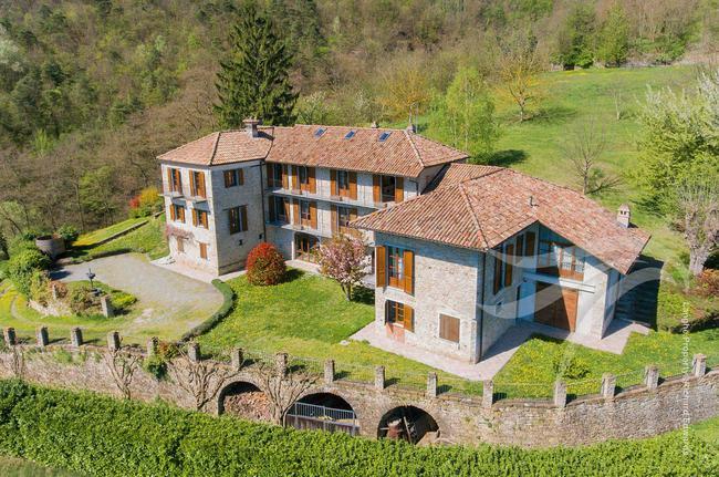 Perfect Langhe farmhouse-0