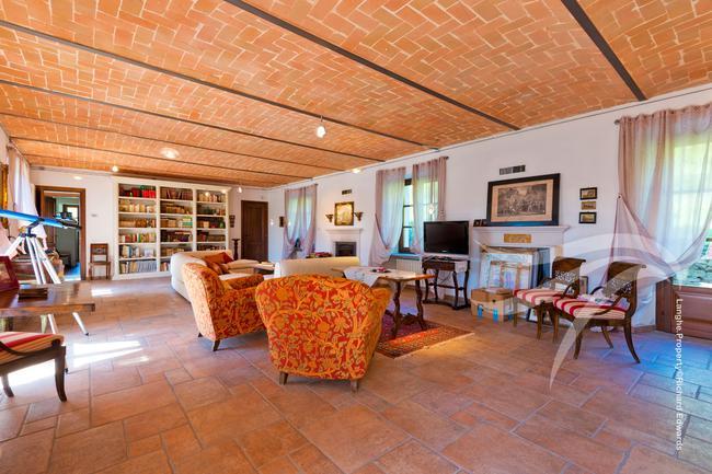 Perfect Langhe farmhouse-2