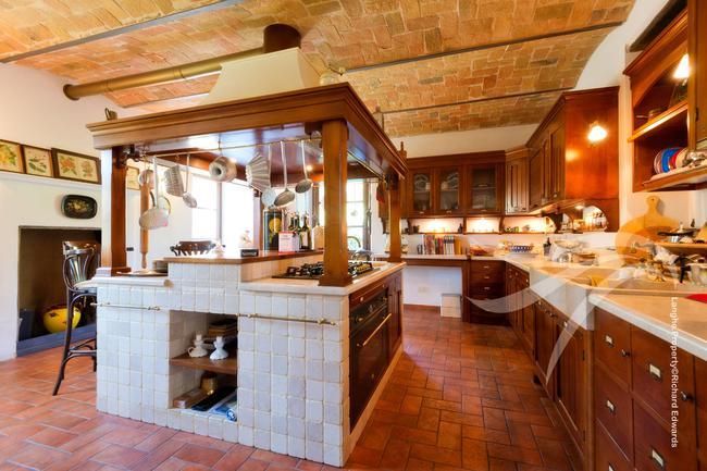 Perfect Langhe farmhouse-4