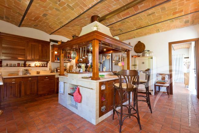 Perfect Langhe farmhouse-5