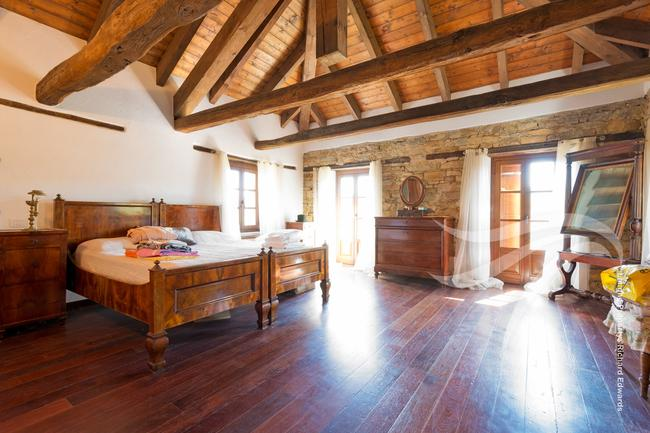 Perfect Langhe farmhouse-21