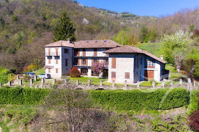 Perfect Langhe farmhouse-31
