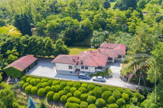 Impressive Piedmont villa-1