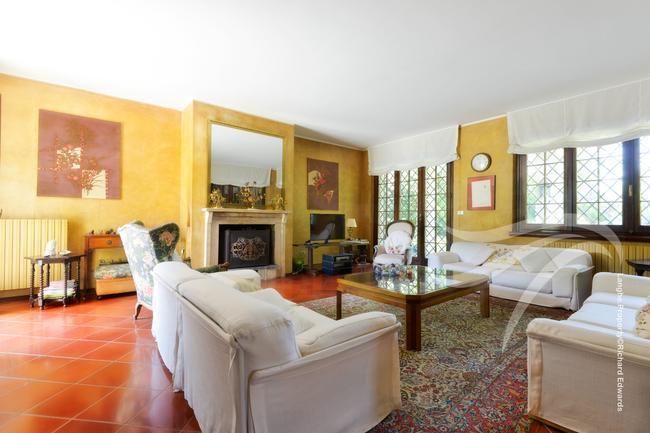 Impressive Piedmont villa-4
