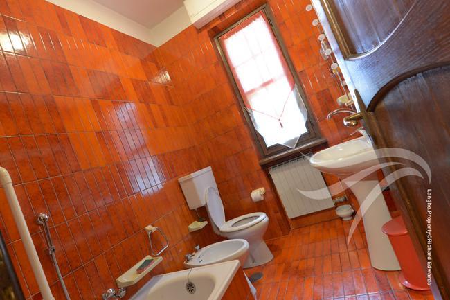 Impressive Piedmont villa-10