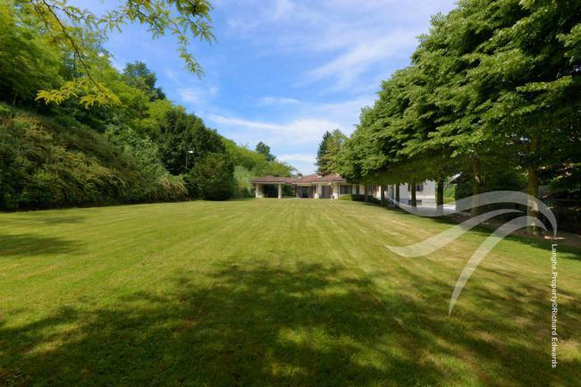 Impressive Piedmont villa-20