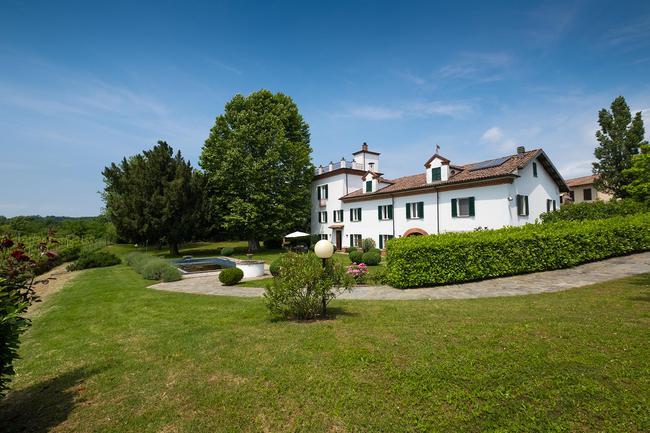Piedmont wine estate-1