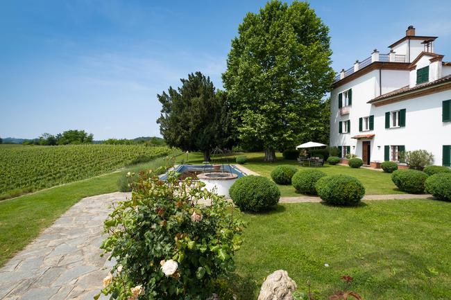 Piedmont wine estate-3