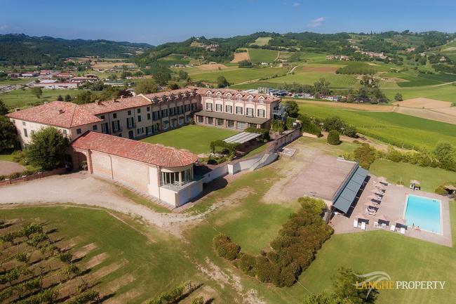 Luxury hotel-0