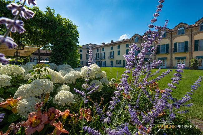 Luxury hotel-7