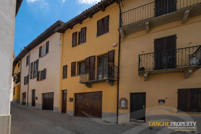 Barolo area town-house for sale-0
