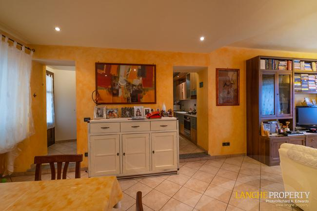 Barolo area town-house for sale-3