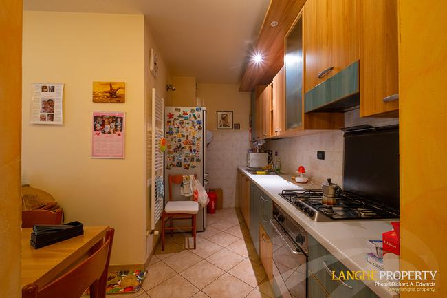 Barolo area town-house for sale-7