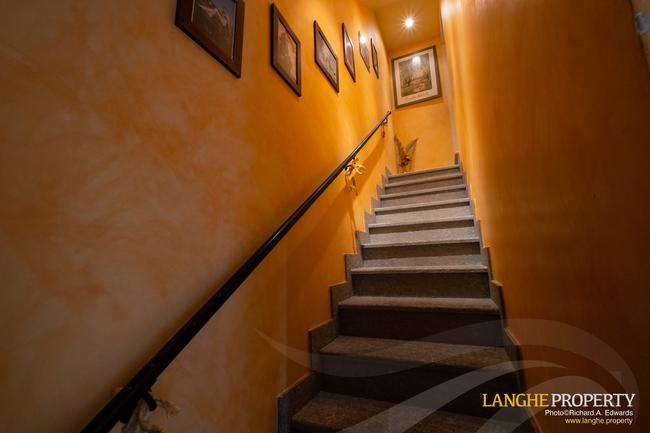 Barolo area town-house for sale-9