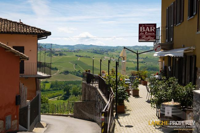 Barolo area town-house for sale-14