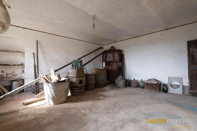 Rustic country house close to Alba-5