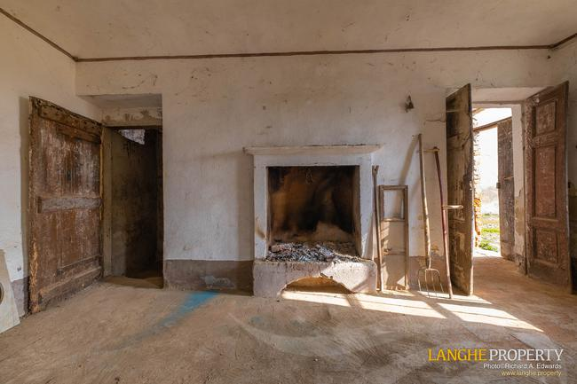 Rustic country house close to Alba-7