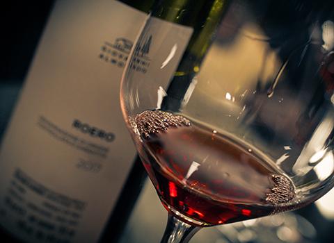 Langhe Roero wine - Almondo