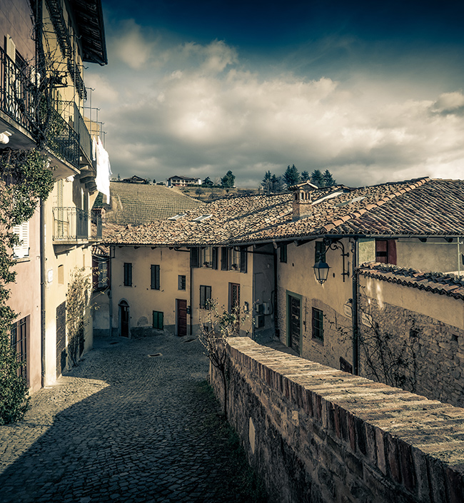 Monforte d'Alba is one of the towns we work in